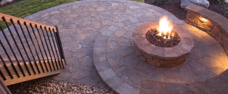 Fire Pits, Fireplaces, & Pizza Ovens