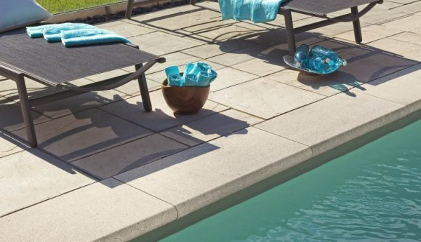 Bullnose Grande Coping, concrete curbing and coping, pavers, landscaping products
