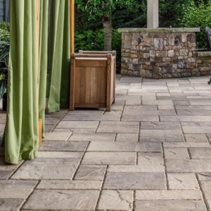 Lafitt Rustic, belgard, concrete pavers, landscaping