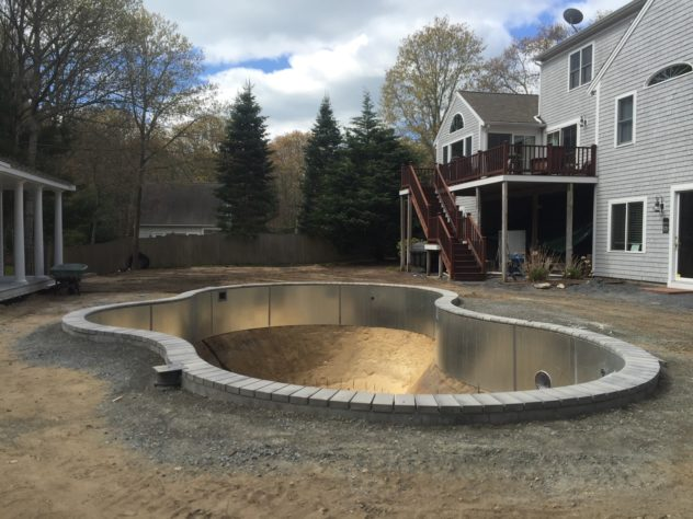 Pool Coping with Concrete Units – How to
